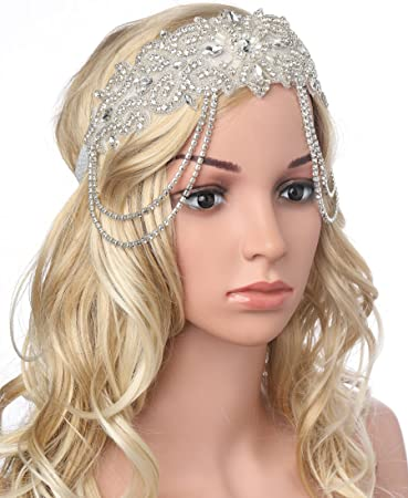 Amazon.com   BABEYOND Flapper Headband Roaring 20s Bridal Headpiece 1920s  Great Gatsby Accessory with Rhinestones Chain for 1920s Themed Wedding  Costume   ... 6f7a714bbe8f