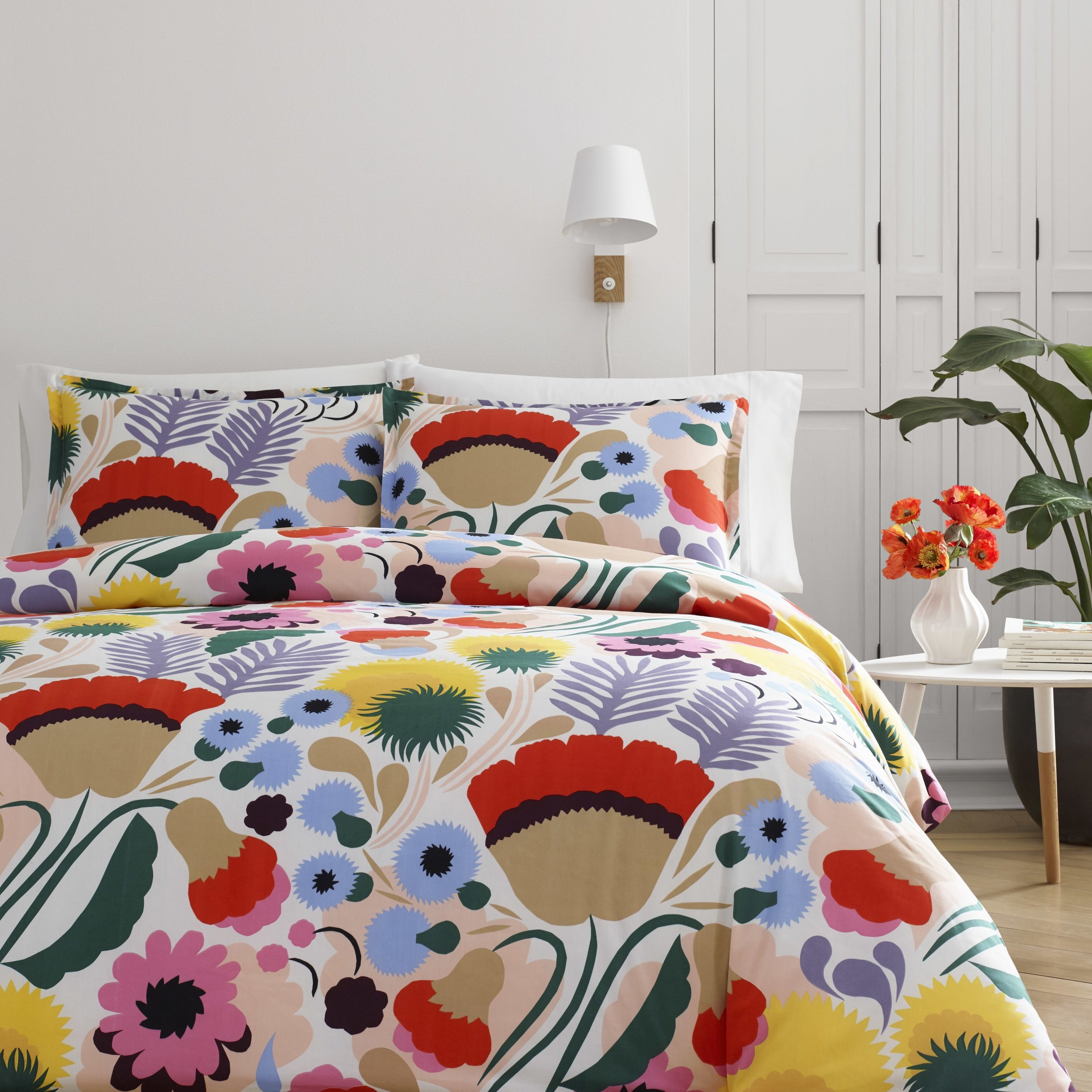 3 Piece Unique Floral Pattern Duvet Cover Set King, Contemporary Allover Modern Flower Graphic Style Design, Mid-Century Bouquet Look Themed, Vibrant Reversible Bedding, Adorable Multi Color Unisex