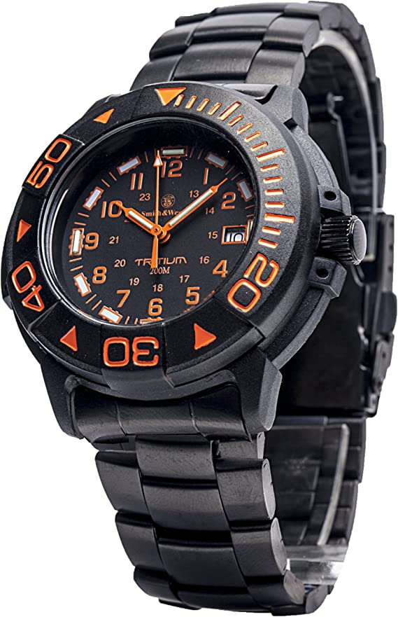 Smith & Wesson Men's SWW-900-OR Diver Swiss Tritium Black Dial Metal and Rubber Band Watch