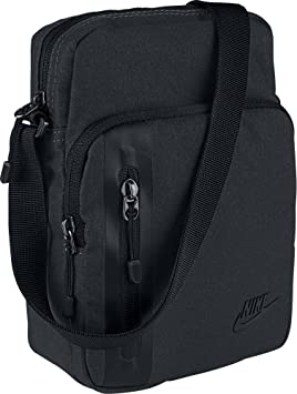 quality design 1bef0 7af2f Nike Men Core Items Bag - Black Black Black, 23 x 15 x