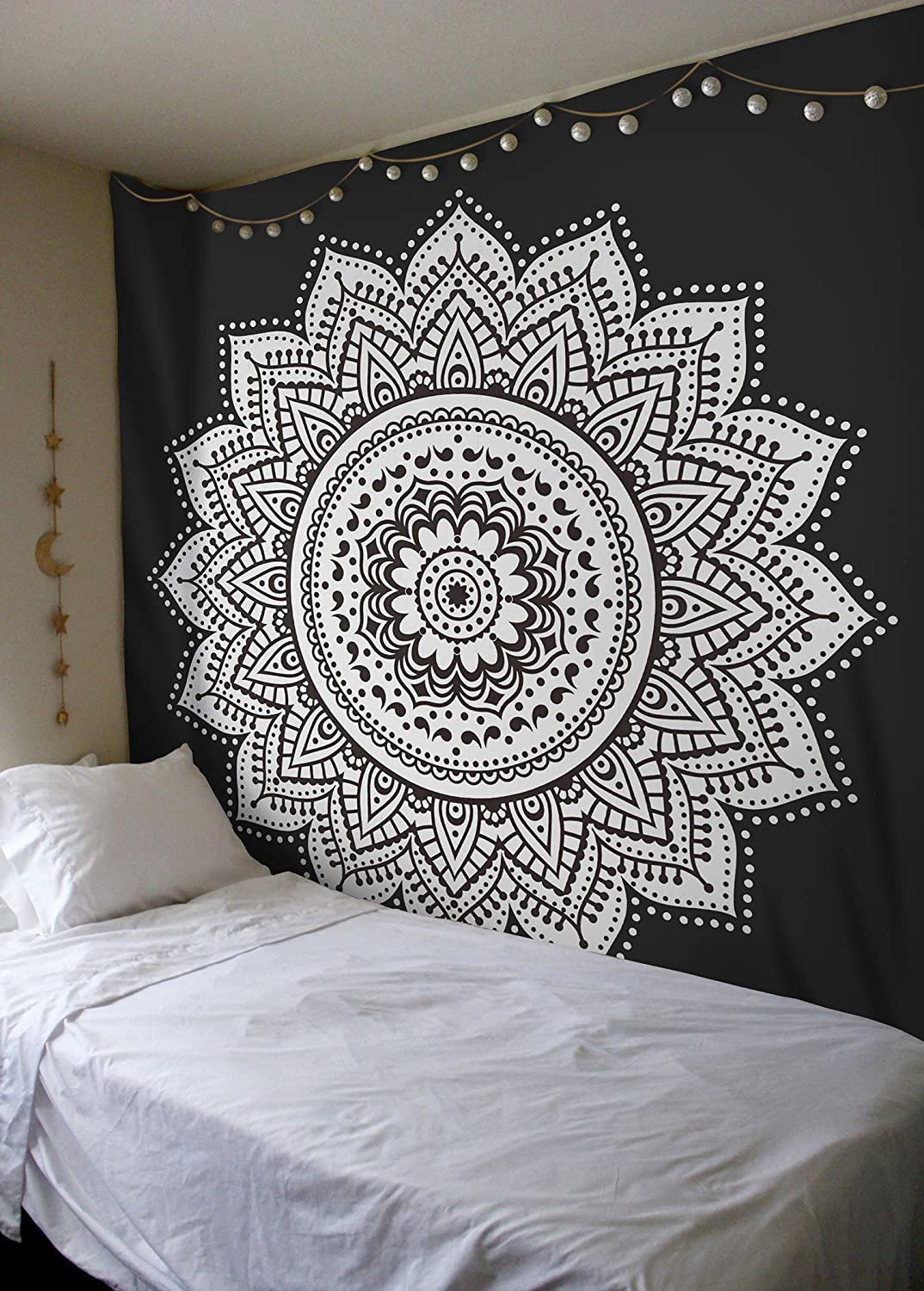 Madhu International Mandala Tapestry Wall Hanging Psychedelic Hippie Bohemian Tapestries Indian Bedding Wall Decor (Black & White, King(90x108Inches)(230x275cms))