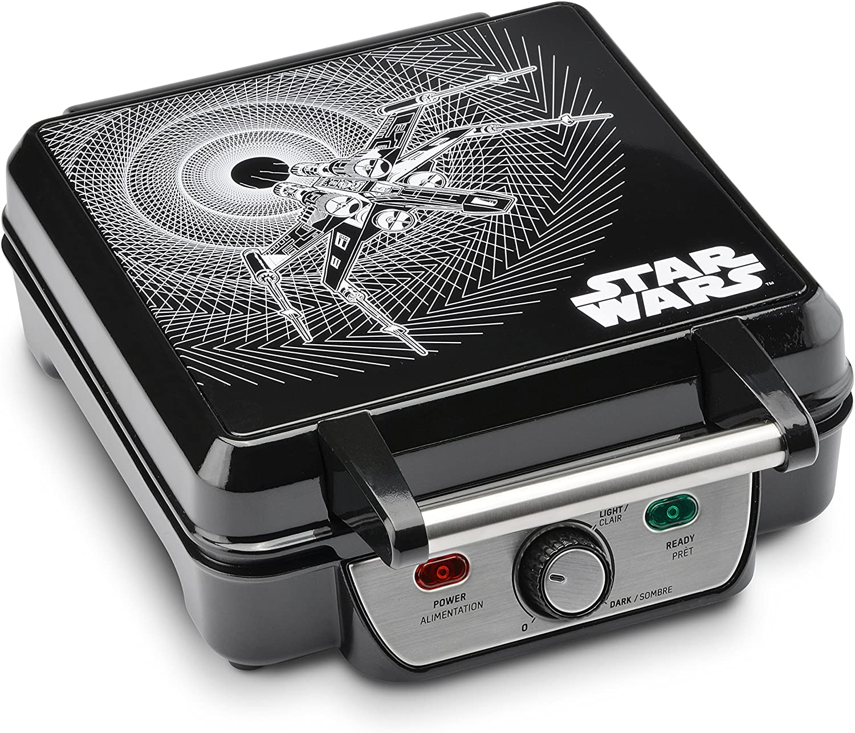 B01MS305YU Star Wars LSW-281CN 4-Waffle Maker, 4 Slice, Black 918JQlKkslL