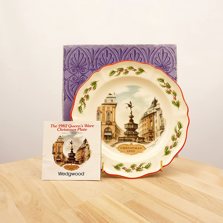 Amazon.com: Wedgwood Christmas 1982 Plate || porcelain / ceramic ...