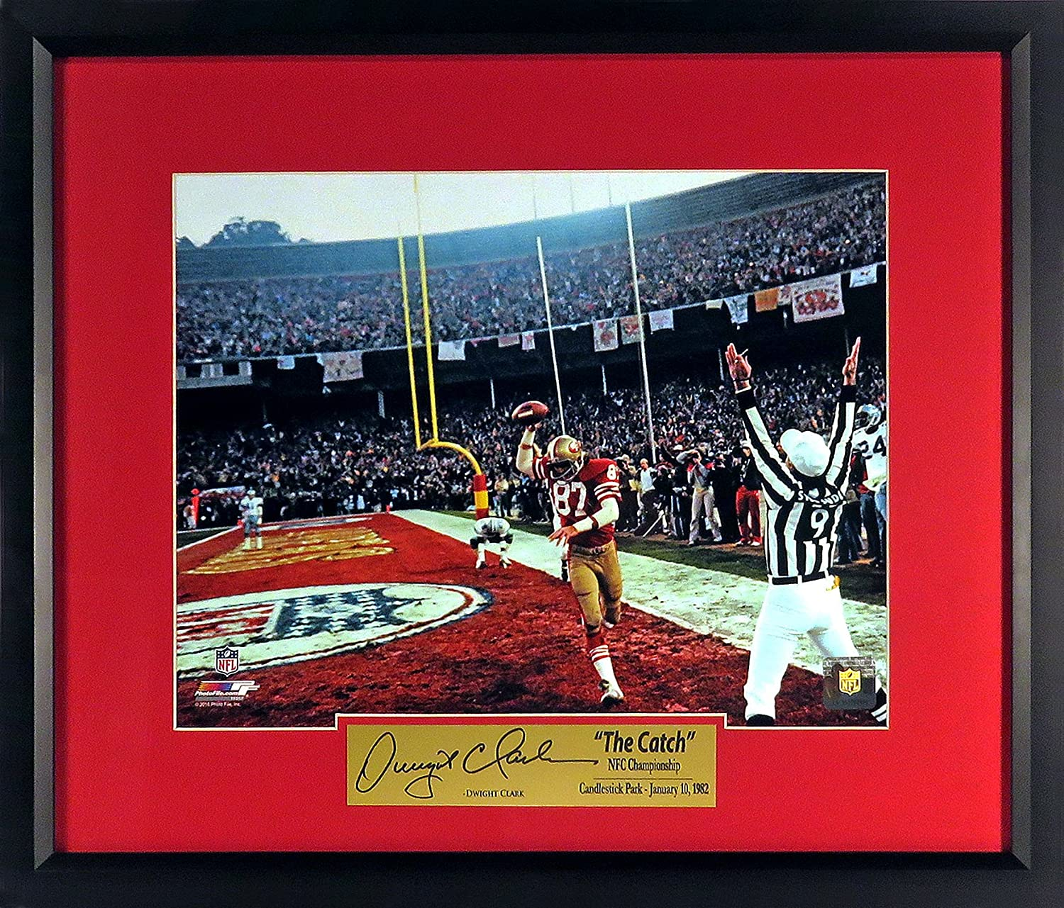 """Amazon.com: SF 49ers Dwight Clark """"Celebrating The Catch At Candlestick""""  11x14 Photograph (SGA Signature Series) Framed: Sports Collectibles"""