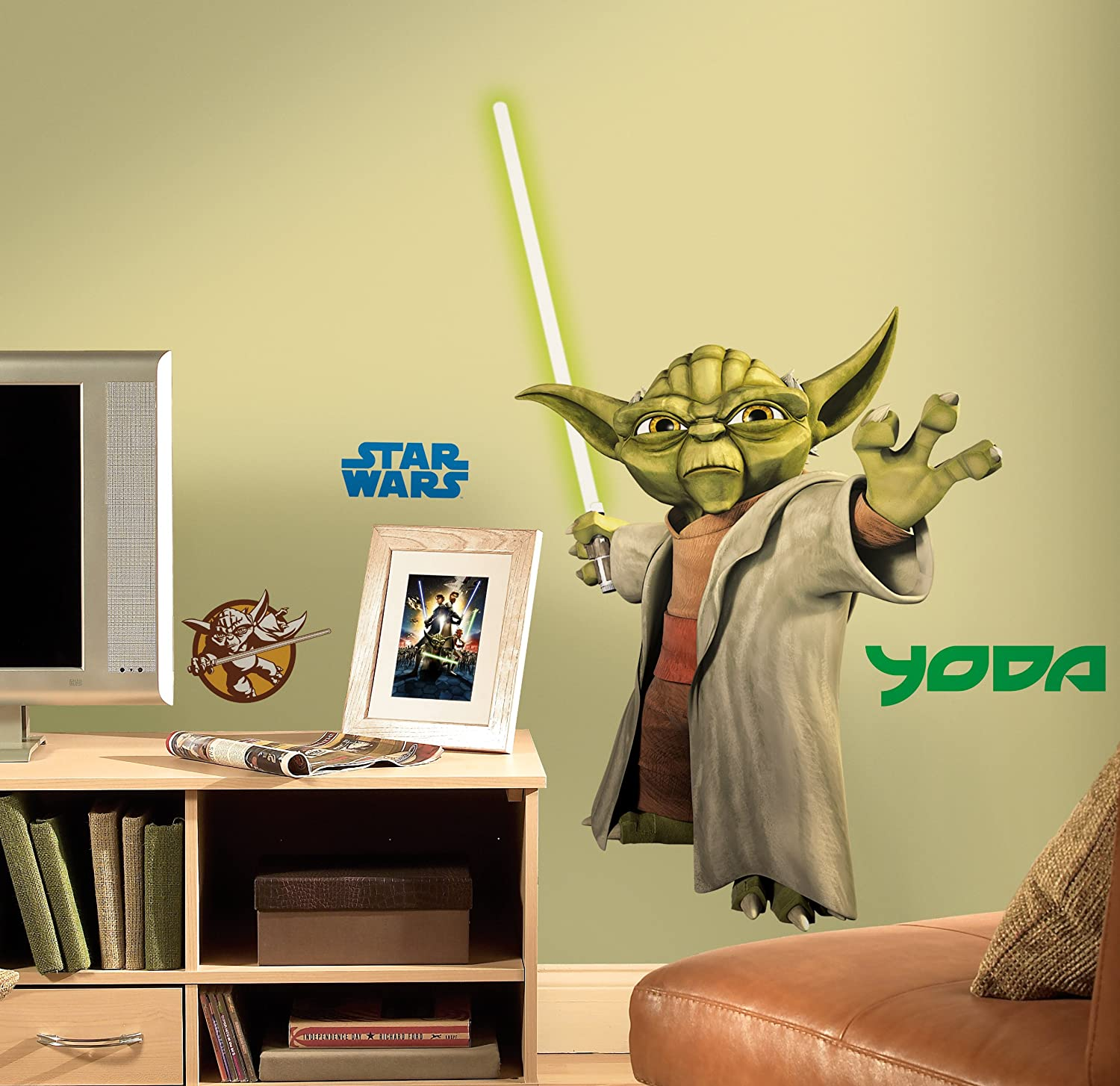 Amazon.com: RoomMates RMK1402GM Star Wars: The Clone Wars Yoda Glow In The  Dark Giant Wall Decal: Home Improvement Part 75