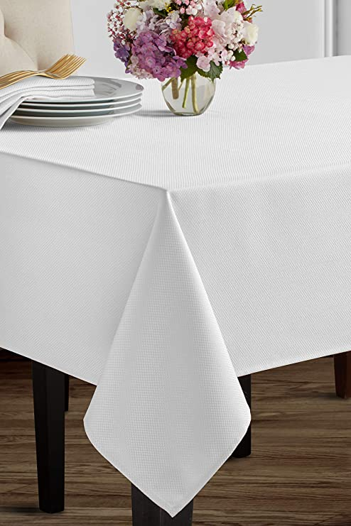 amazon com benson mills beauvalle extra wide tablecloth 68 x 120 rh amazon com