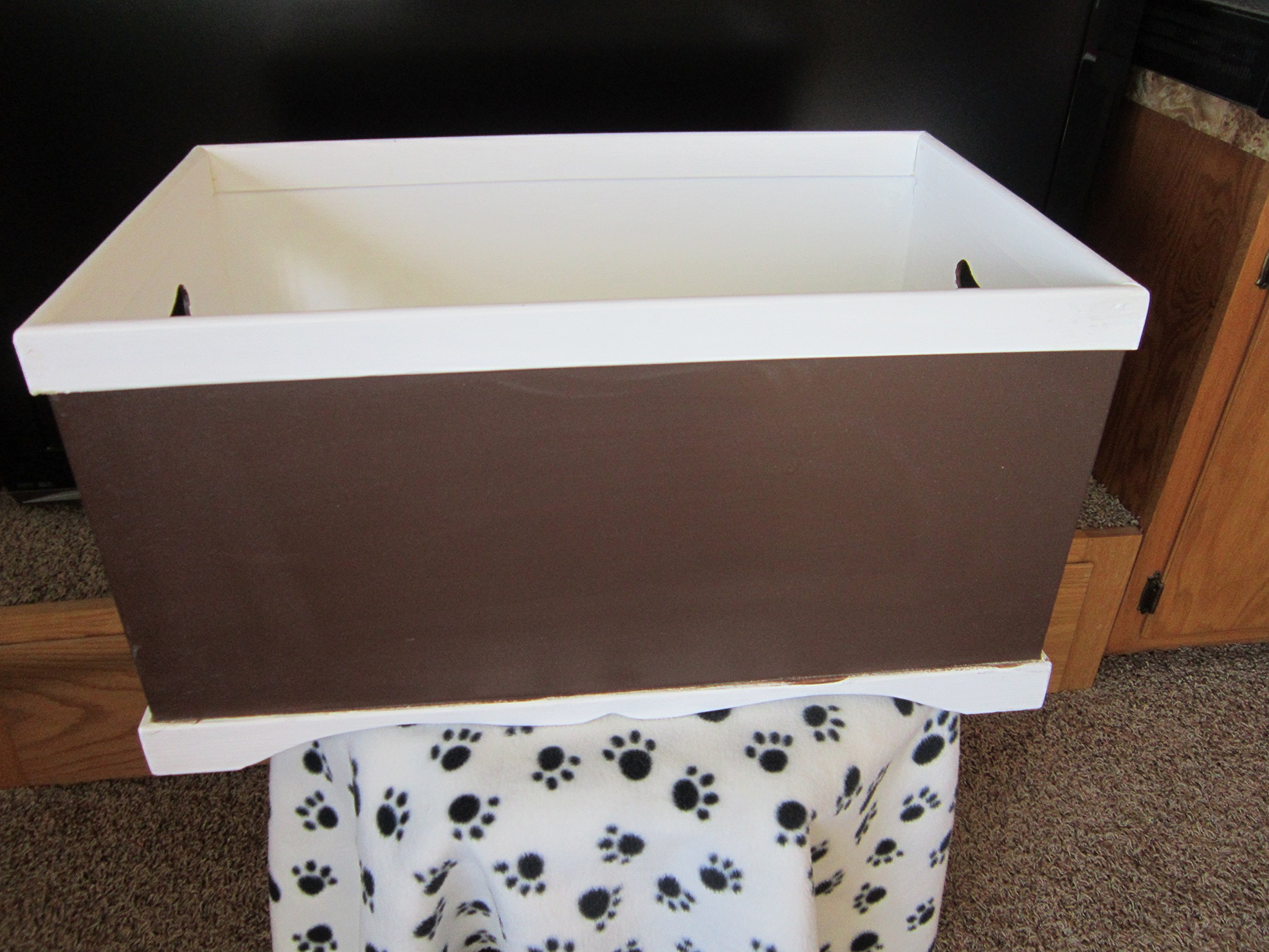 FREE SHIPPING!! Hand made and Hand Painted Wood Pet Toy Box.Personalize,
