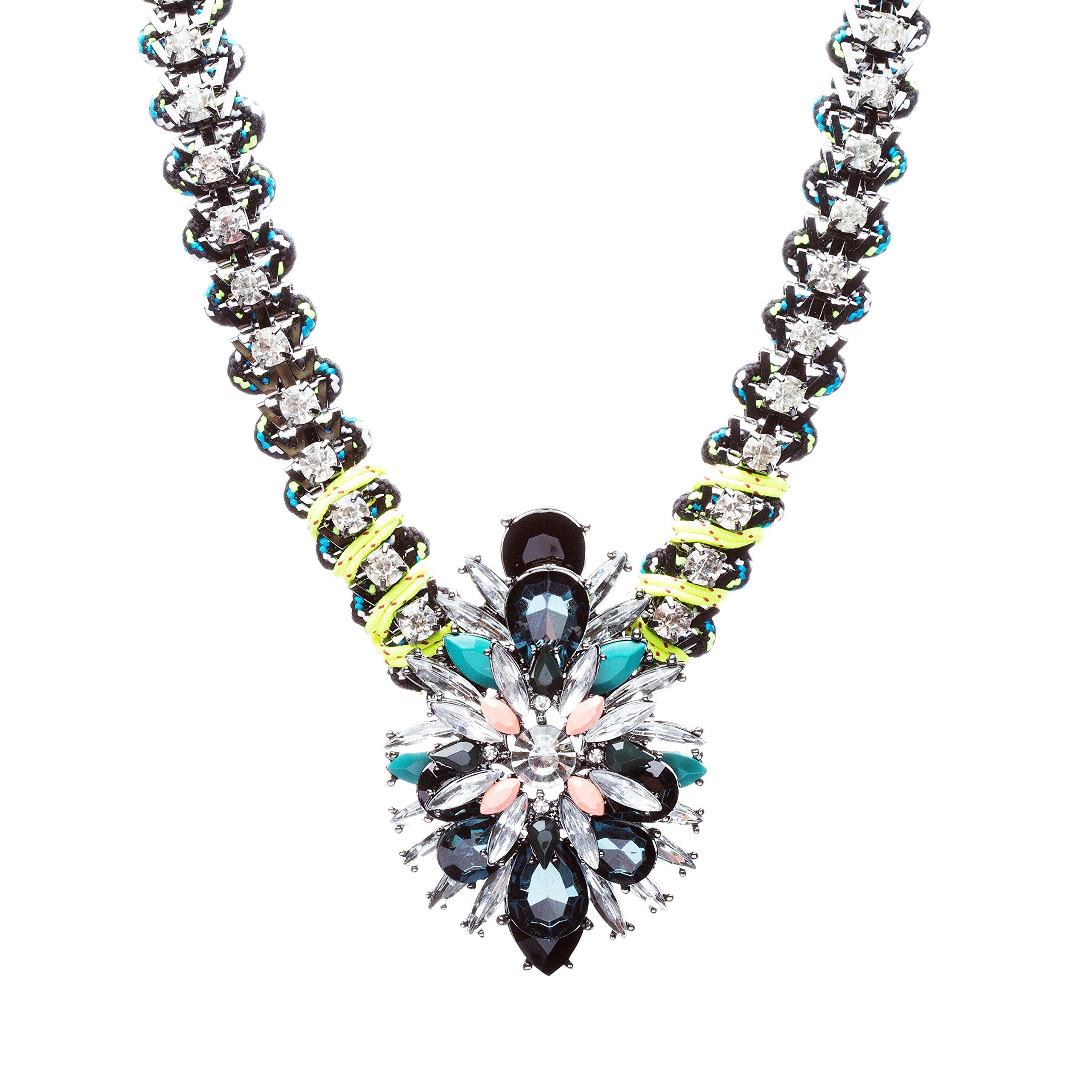 Fashionably Daring Crystal Rhinestone Alluring Modern Design Necklace N80 Green