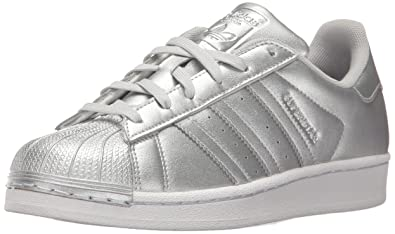 6695168d159d5 Amazon.com  adidas Originals Superstar J Running Shoe