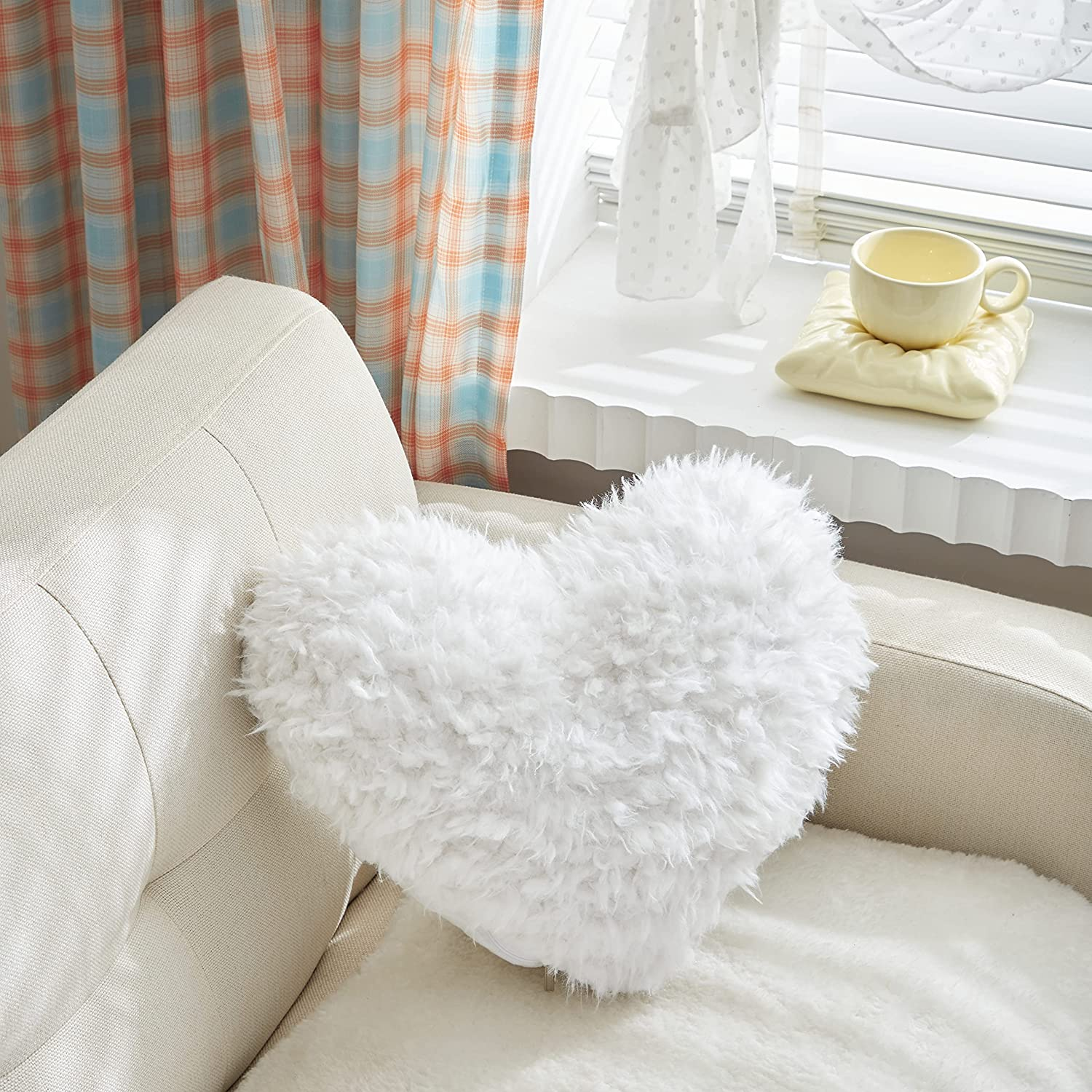 MooWoo Fluffy Heart Throw Pillow with Pillow Cover and Insert, Shaggy Faux Fur, Decorative Design for Indoor and Outdoor, (White, Heart Shape-15.7X15.7Inches)