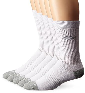 a00518cf99 Amazon.com  Oakley Men s Performance Basic Crew Sock 5 Pack  Clothing