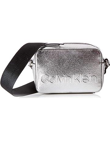 a38e4b73 Calvin Klein - Edged Camera Bag Met, Bolsos bandolera Mujer, Gris (Silver)