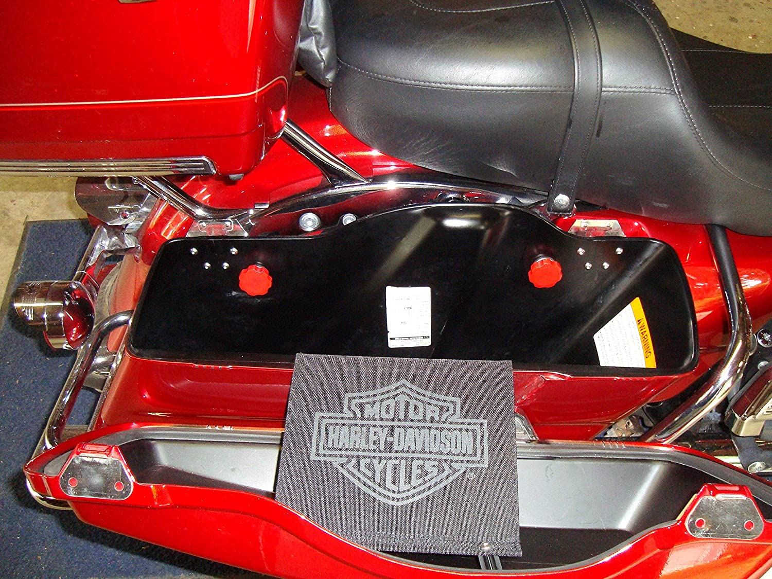 HDsmallPARTS//LocEzy Red 2014-2015 Saddlebag Mounting Hardware//Knobs are replacement//compatible for Saddlebag Quick Release Pins on Harley-Davidson Touring Motorcycles