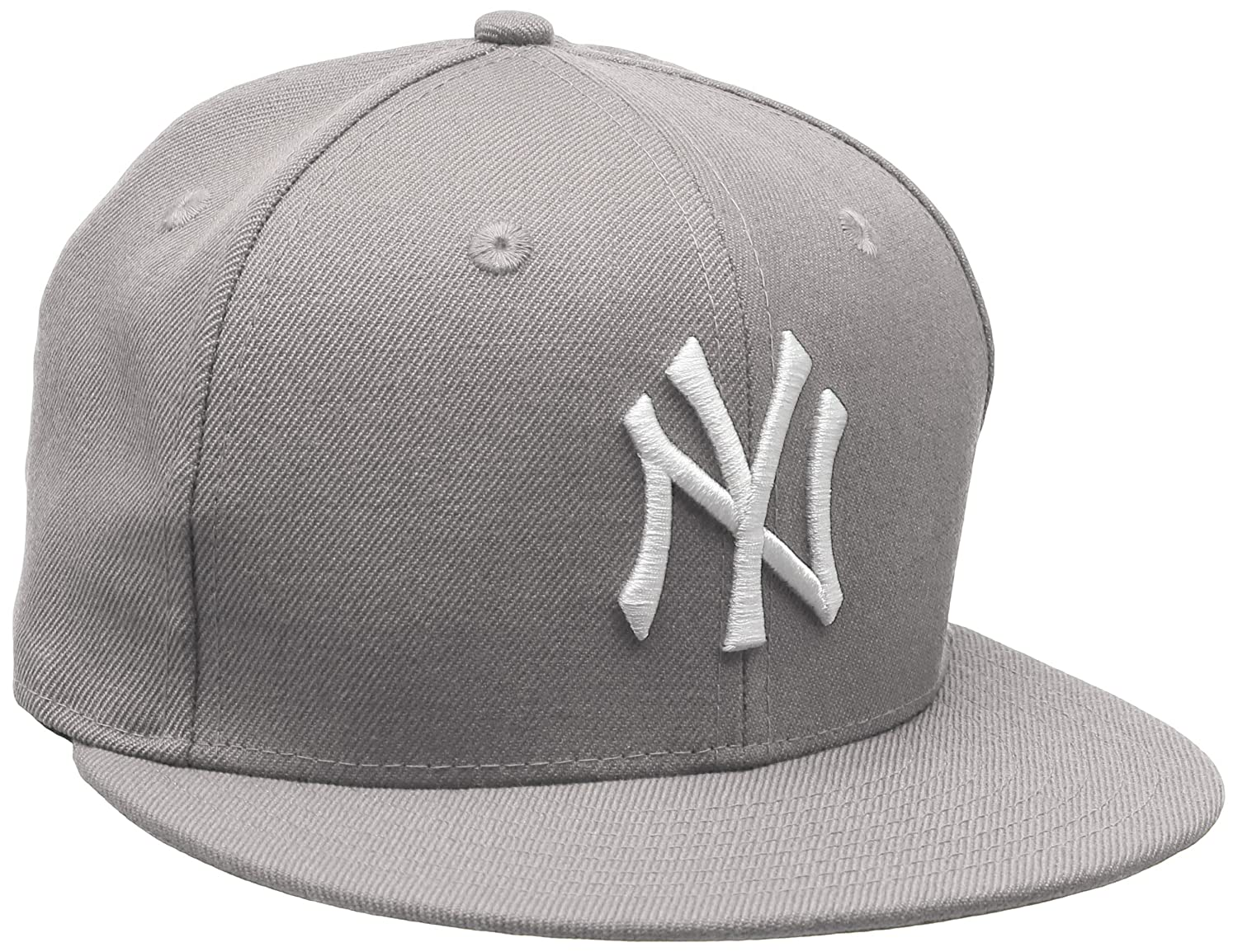 ca3927a77494a Amazon.com   New Era 59Fifty Fitted Cap - MLB New York Yankees   Clothing