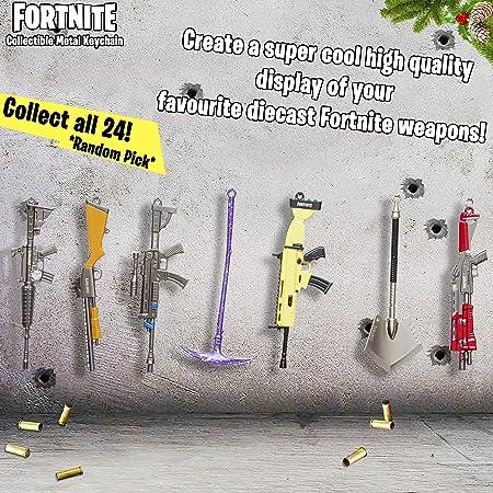 Sambro-Llavero Fortnite 3D, Armas de Metal, para coleccionar e intercambiar, Aprox. 12 cm, Colores Surtidos carbón (PMI-3761-AS)