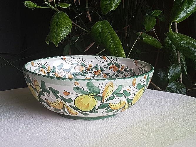 Ciotola in ceramica siciliana decorata a mano con limoni. ciotola