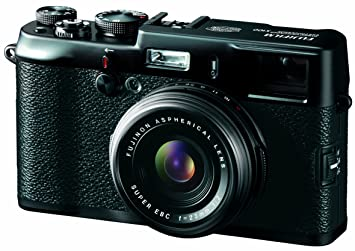 Fujifilm FinePix X100 Digital Camera - Black (12 3MP, APS-C CMOS EXR) 2 8  inch LCD - Limited Edition Kit (Includes Bespoke Leather Case, Metal Lens