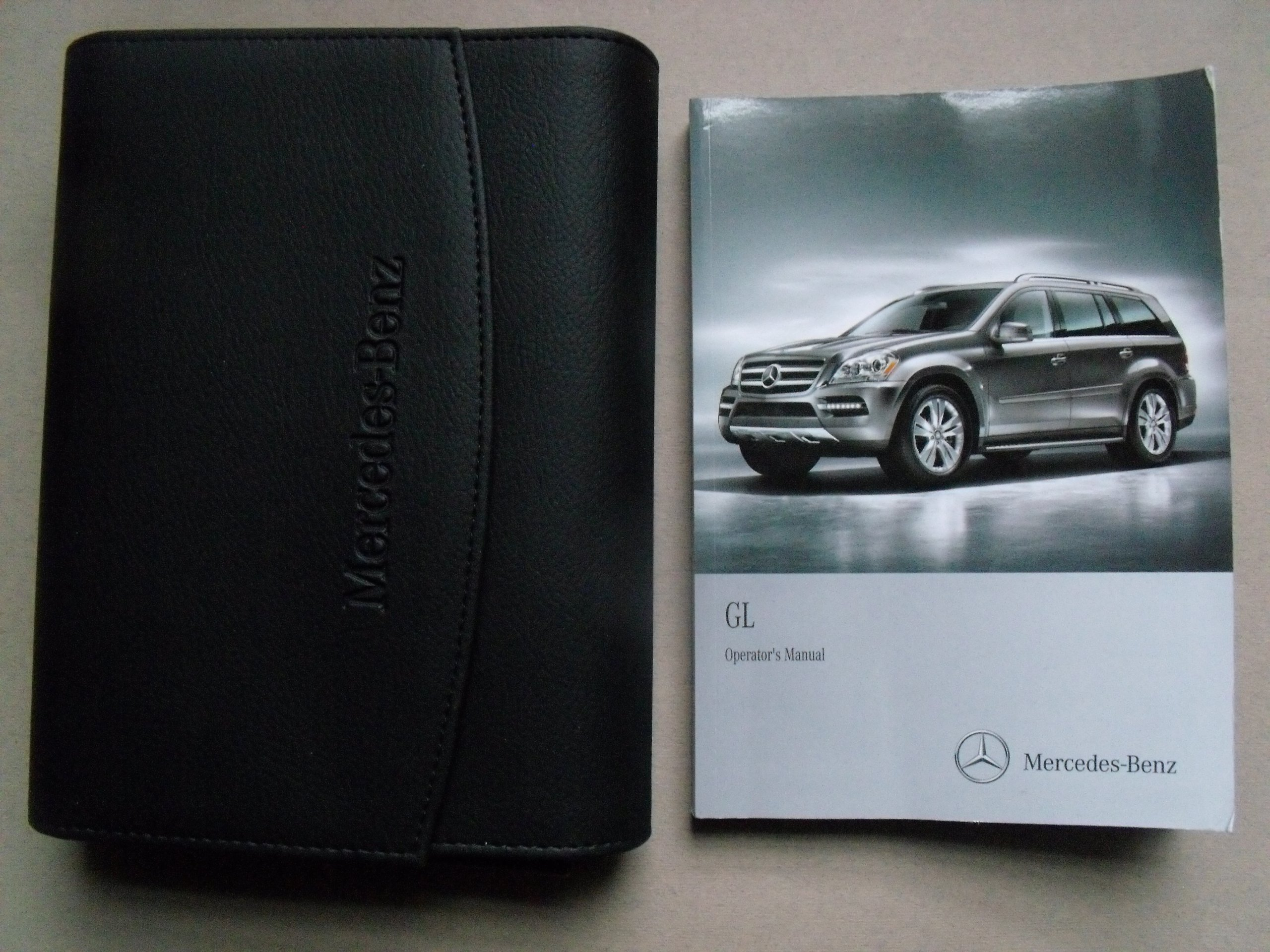 2012 mercedes benz gl owners manual guide book mercedes benz rh amazon com mercedes benz gl450 6v ride-on manual mercedes benz gl450 service manual