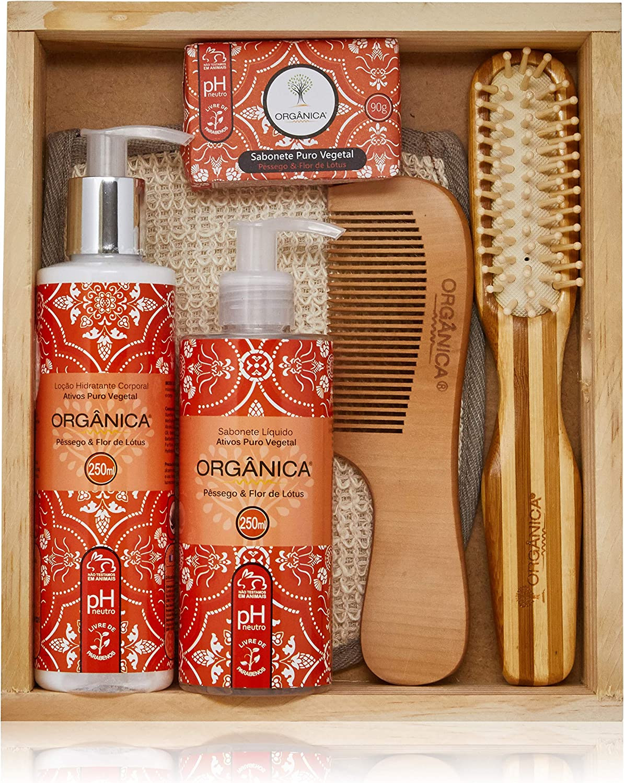 Banner Kit para cabelo com loção hidratante, luva de banho, pente e escova + sabonete líquido e em barra