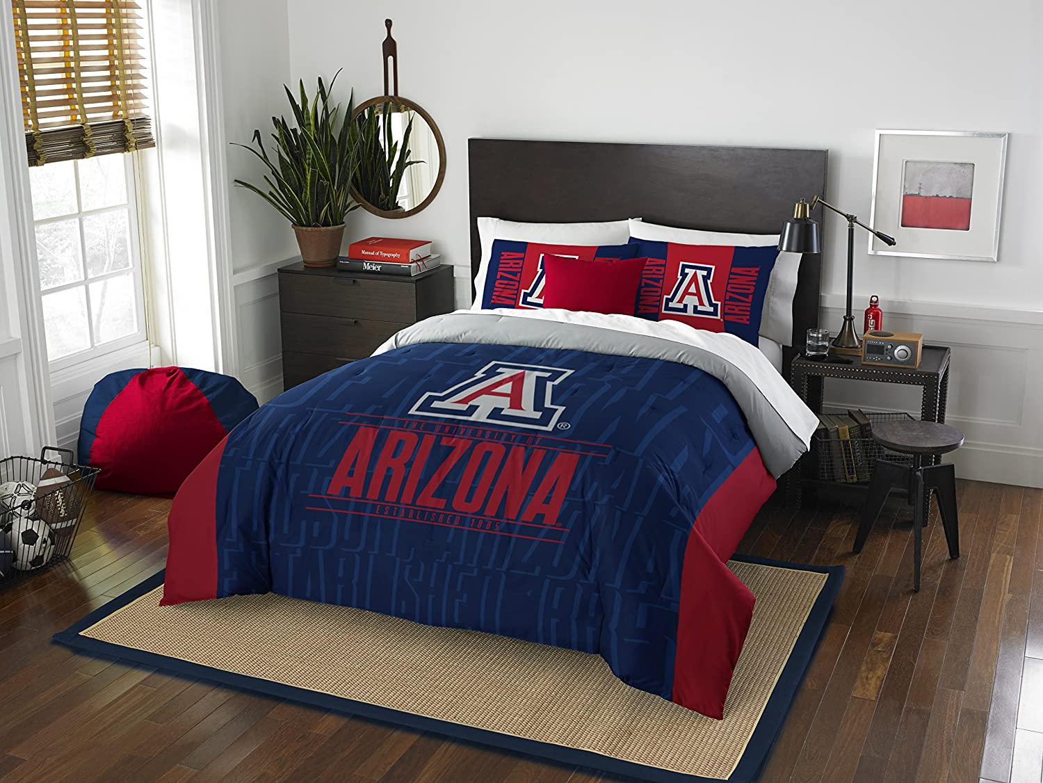 Image of Bed-in-a-Bag The Northwest Company Officially Licensed NCAA Modern Take Full/Queen Comforter and 2 Sham Set