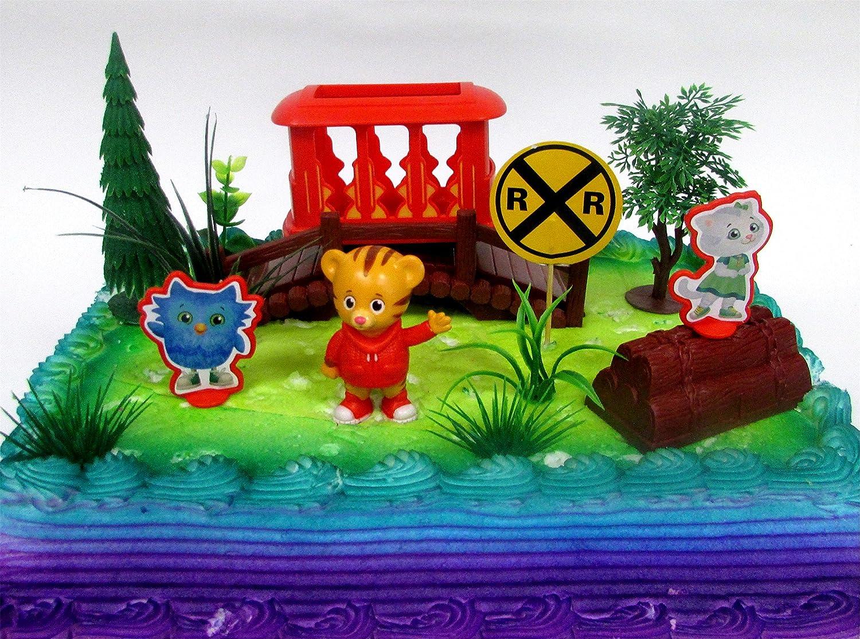 Pleasant Amazon Com Daniel Tiger Neighborhood 10 Piece Birthday Cake Funny Birthday Cards Online Alyptdamsfinfo