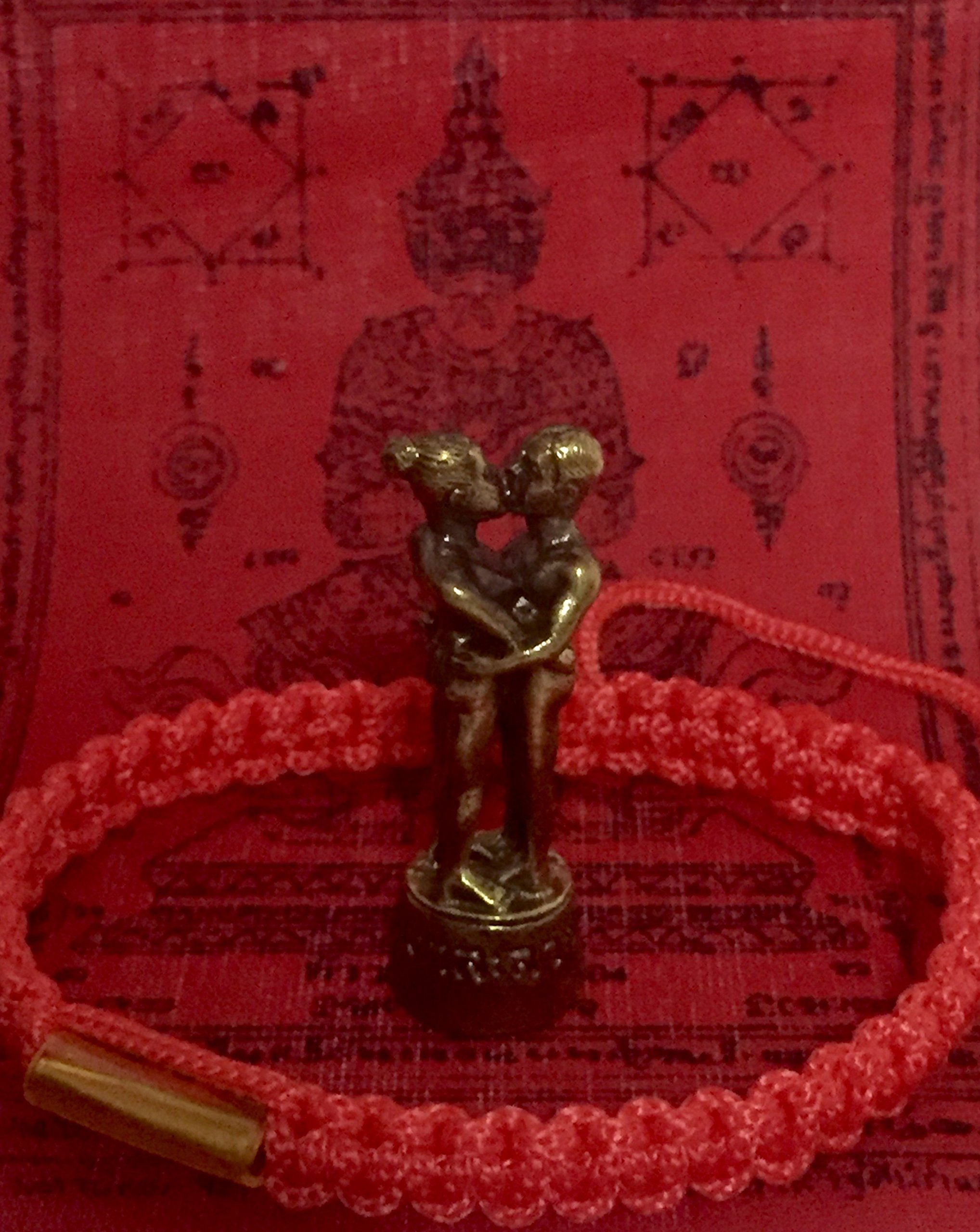 San jewelry Thai Amulets Powerful Lucky in Lovers Forever Magic INN Koo Mahasanaeh Powerful Love Attraction Thai Amulet 1 set contains. Holy talisman, wrist strap Montra, genuine by Mr.San Power only.