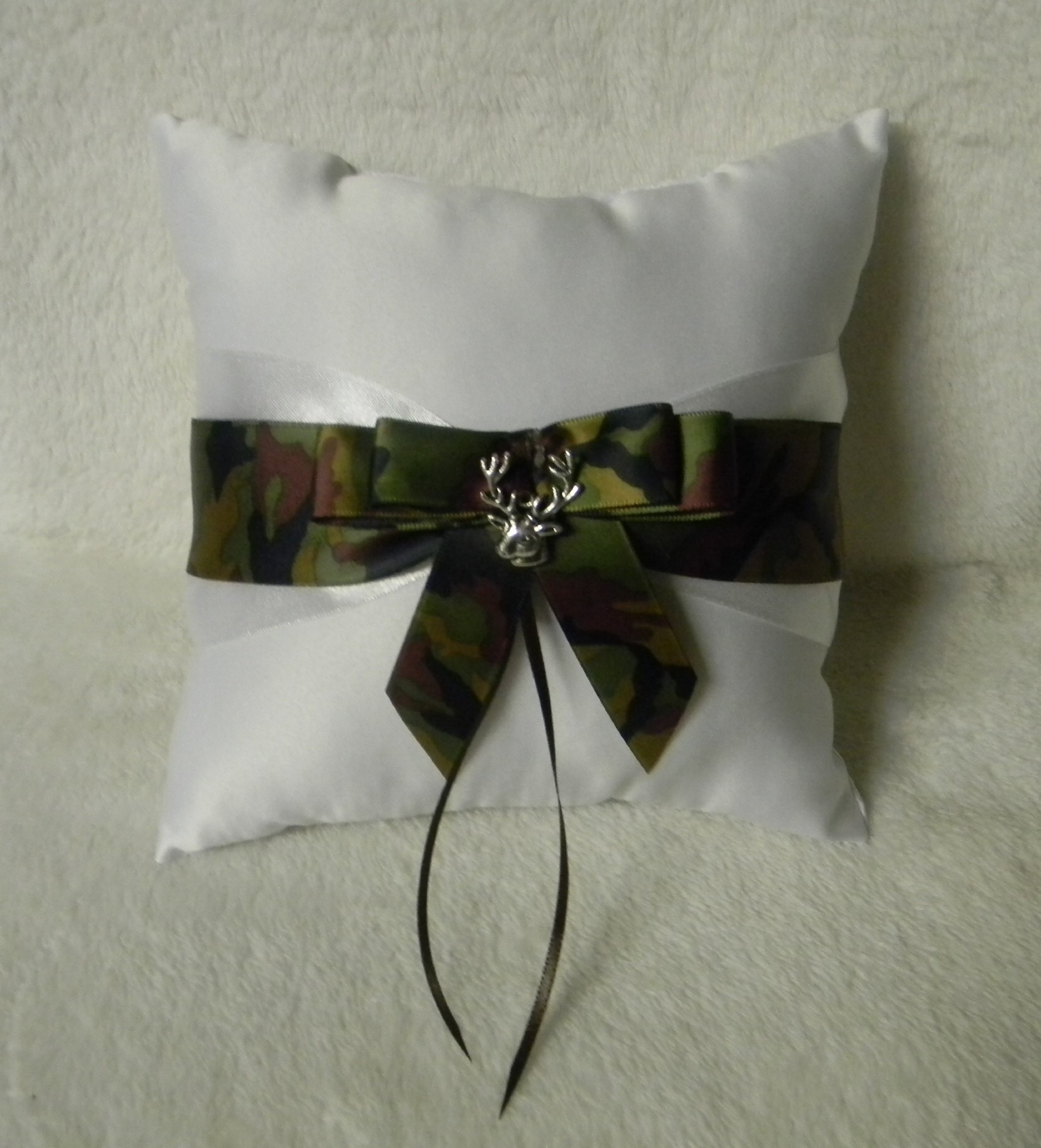 Wedding Camo Redneck Deer Hunter Hunting Ring bearer Pillow by Custom Design Wedding Supplies by Suzanne