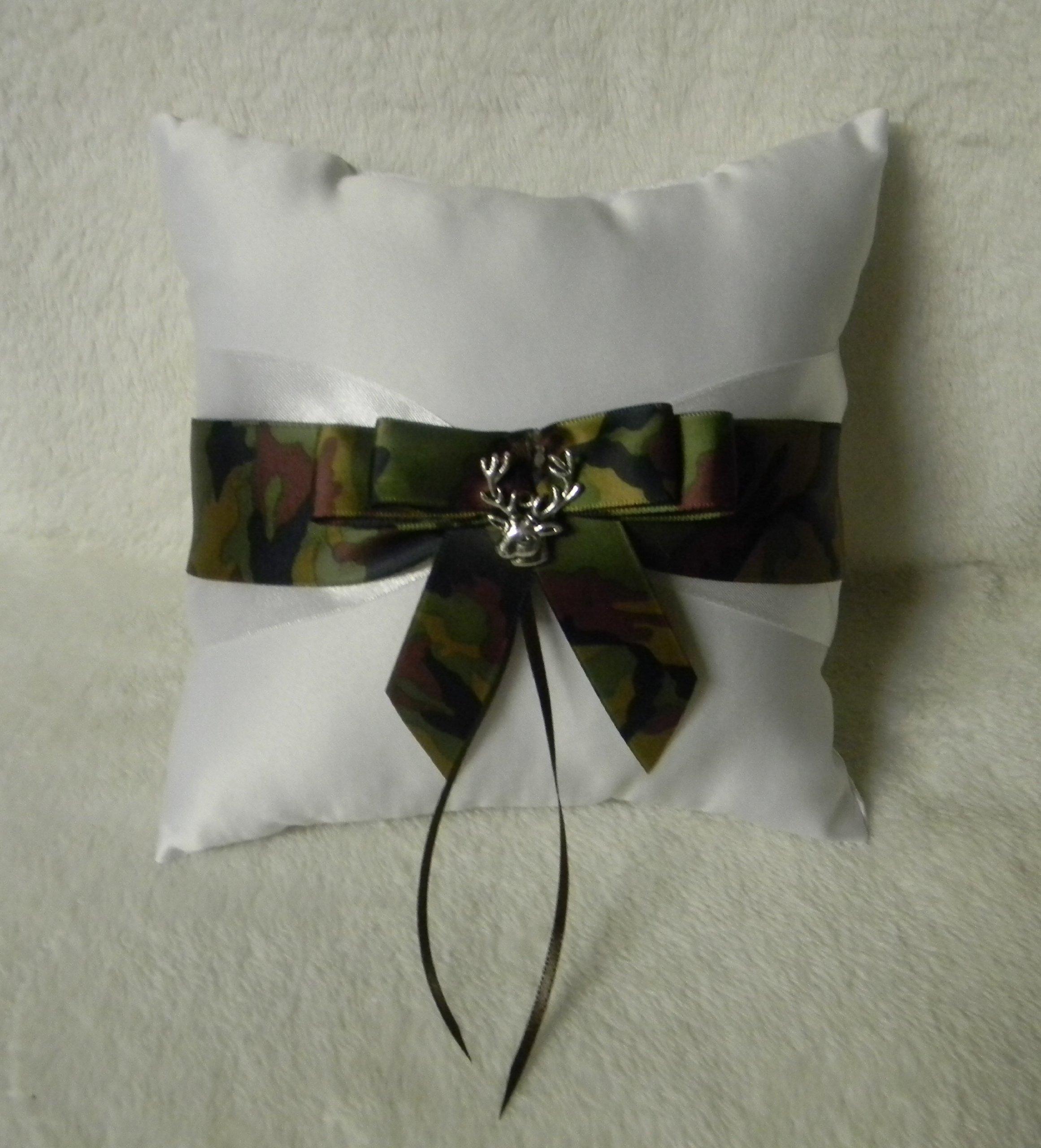 Wedding Camo Redneck Deer Hunter Hunting Ring bearer Pillow