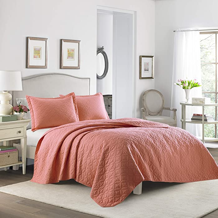Laura Ashley Full/Queen Coral Quilt Set