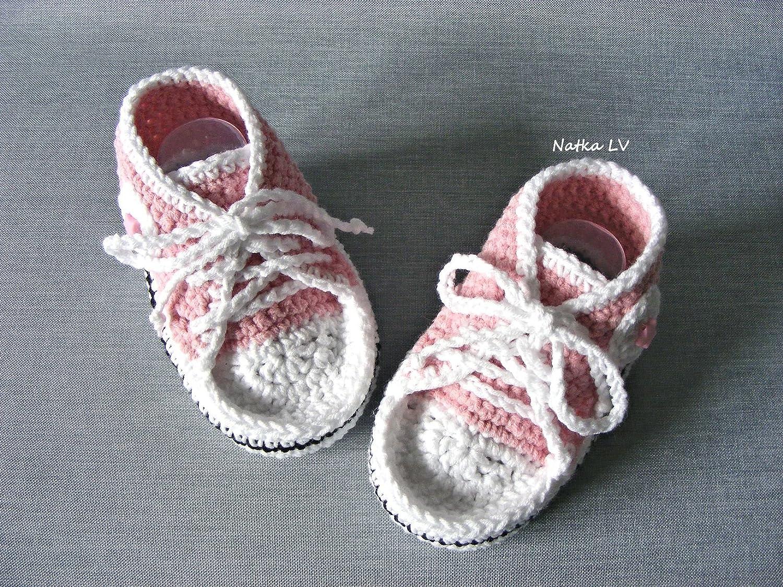 Baby light pink booties, baby crochet