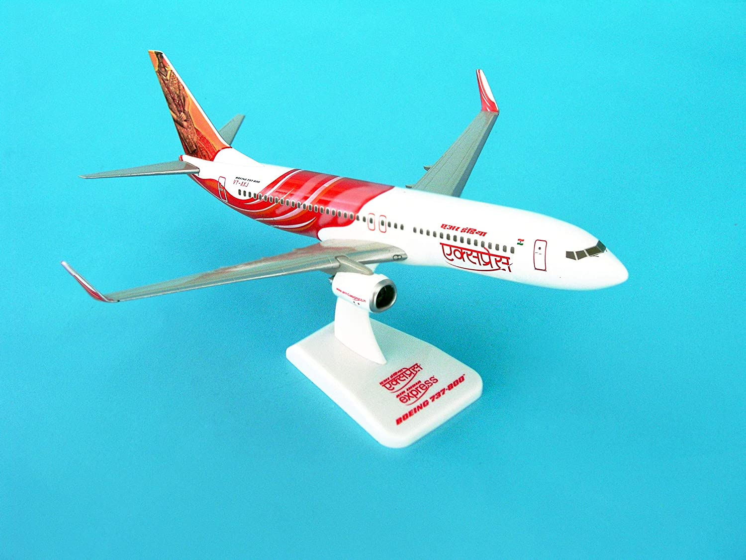 Daron HG3800GG Hogan Air India Express 737-800W mit Getriebe - Reg No VT-AXG