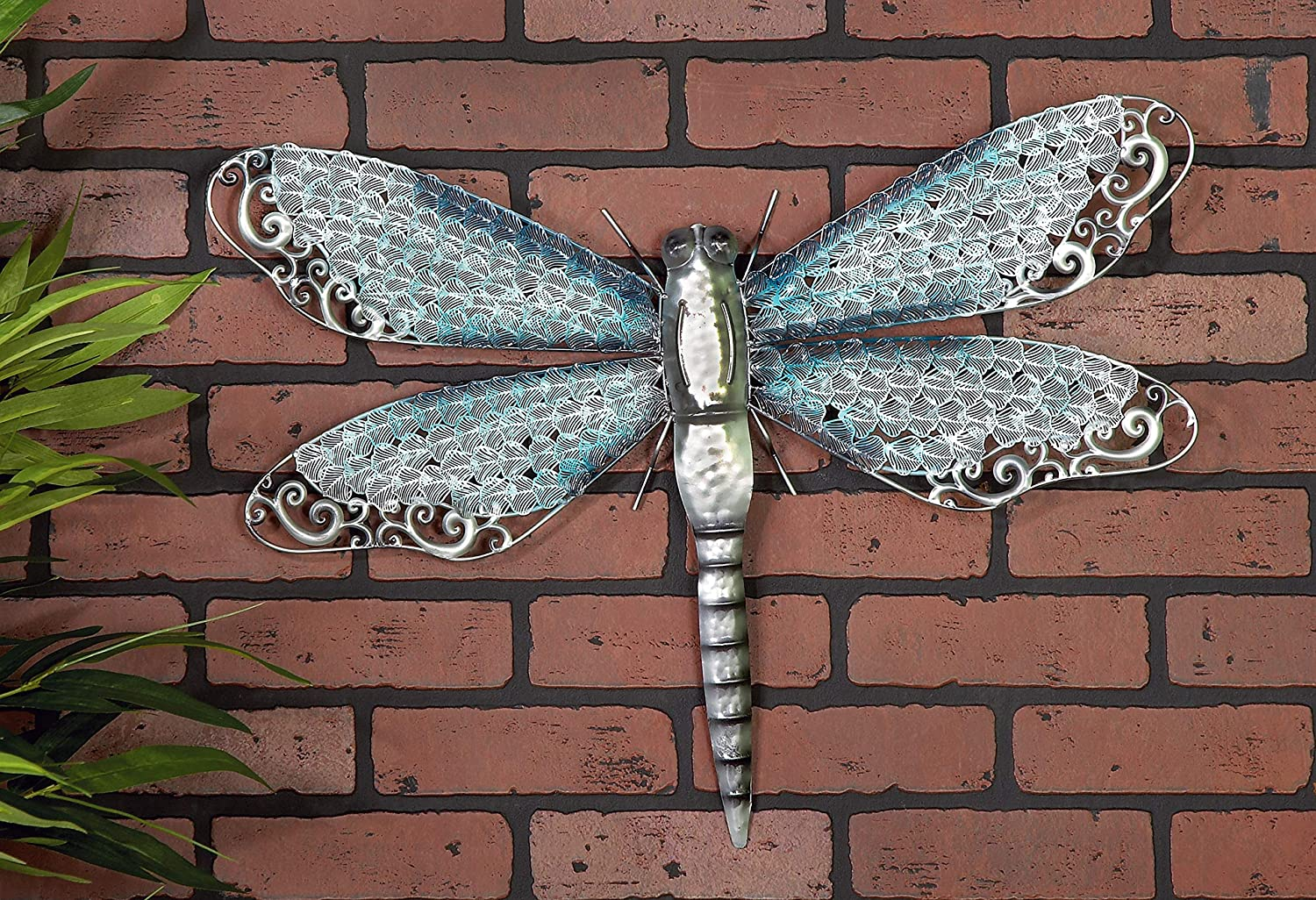 Deco 79 Gracefully Styled Metal Dragonfly