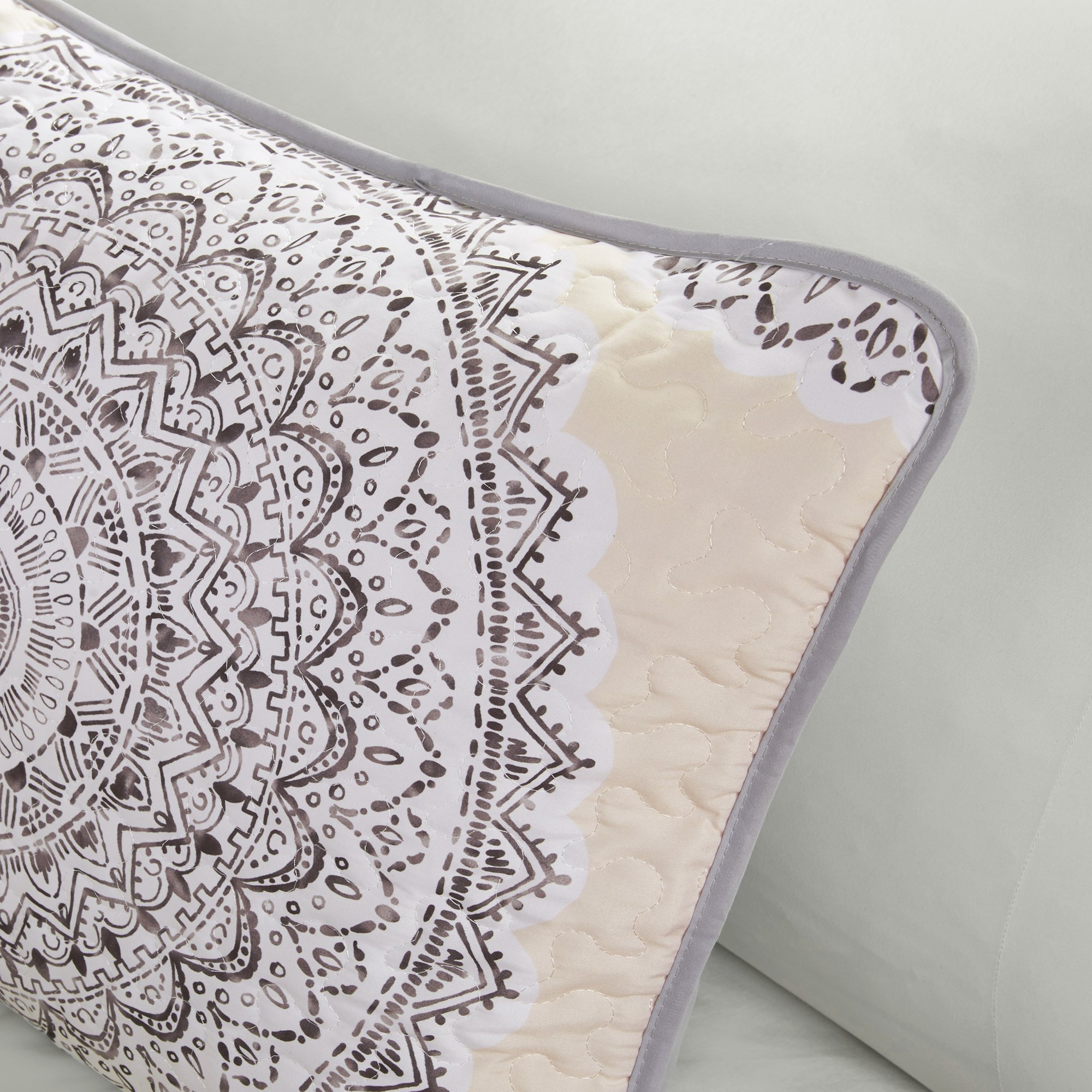 Bedding Sets Twin & Twin Xl - Quilt/Coverlet Set - 2 Pieces - Blush/Pink/Grey - Printed Medallions - Lightweight Twin Size Bedding Sets For Girls - Bedspread Fits Twin & Twin Xl - Adele by Comfort Spaces (Image #3)