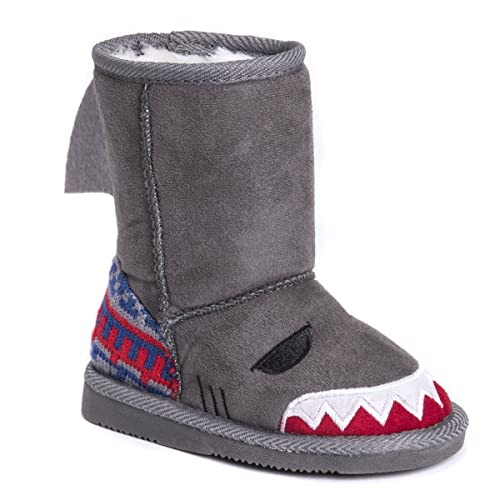 bdac7038c6e54 MUK LUKS Boys Kid's Finn Shark Boots Fashion, Grey, 9 M US Little