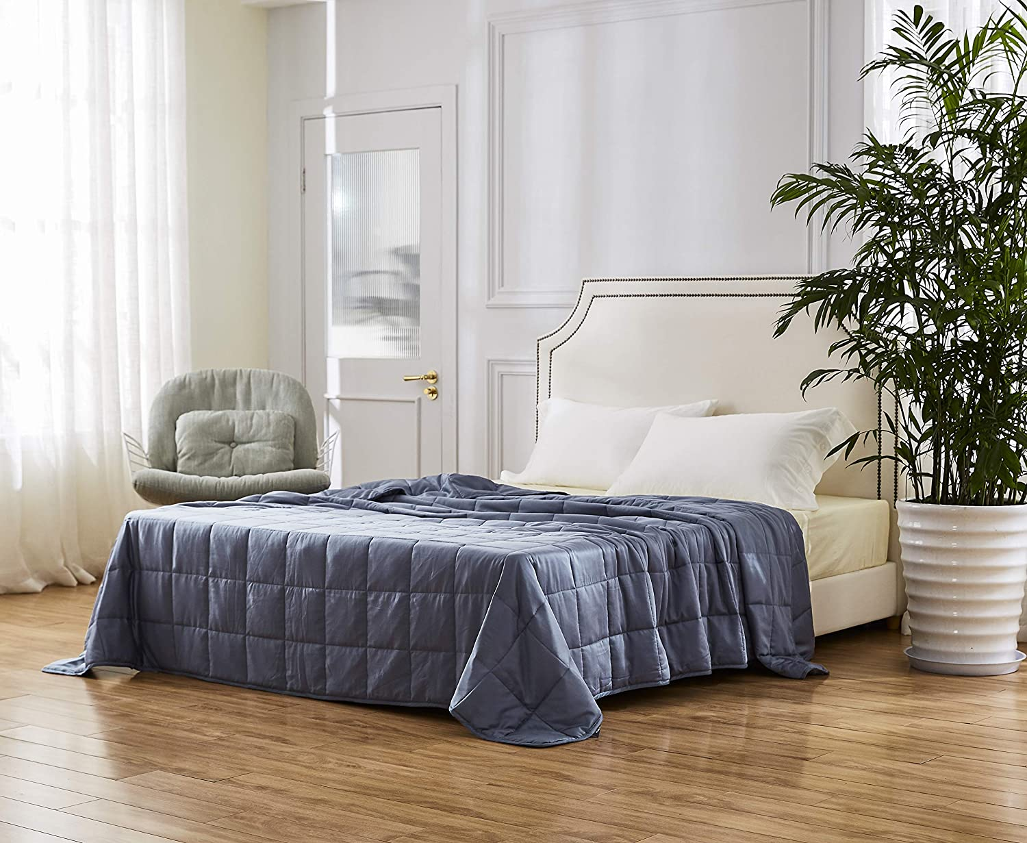 HomeSmart Products Queen Size Cooling Weighted Blanket - 20lbs 80x86 - The Only True Queen Size Bamboo Cooling Weighted Comforter On The Market - Perfect for Couples