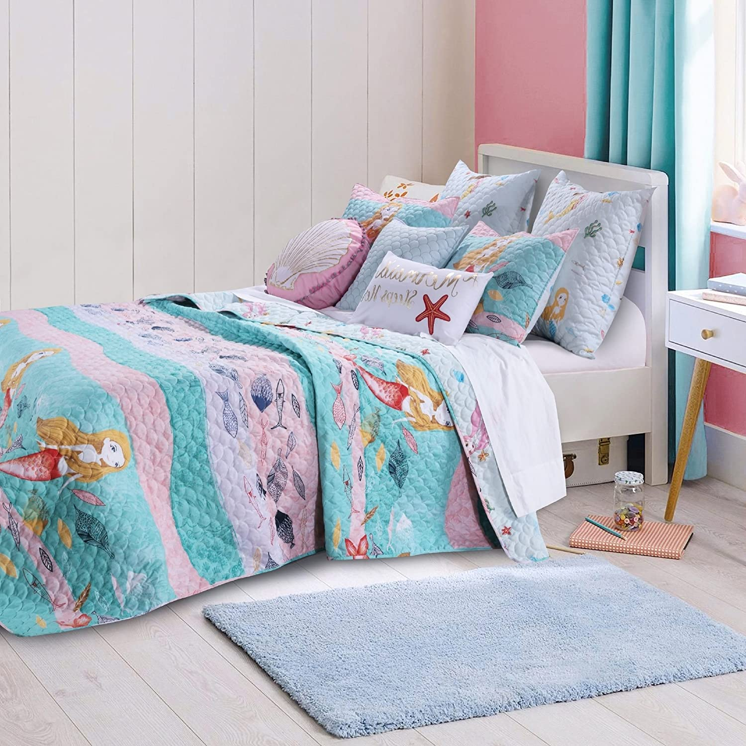 2 Piece Underwater Sea Mermaids Pattern Reversible Quilt Set Twin Size, Printed Coastal Starfish Fish Seashells Seahorse Corals Bedding, Whimsical Modern Nautical Print, Fun Girls Bedroom, Pink, Blue S & E