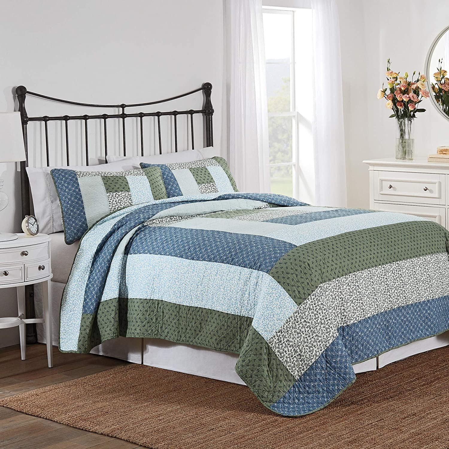 Nostalgia Home Leesa Quilt Set, Full/Queen, Blue Multi