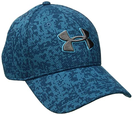994ec72a1bf Amazon.com  Under Armour Men s Printed Blitzing Stretch Fit Cap ...