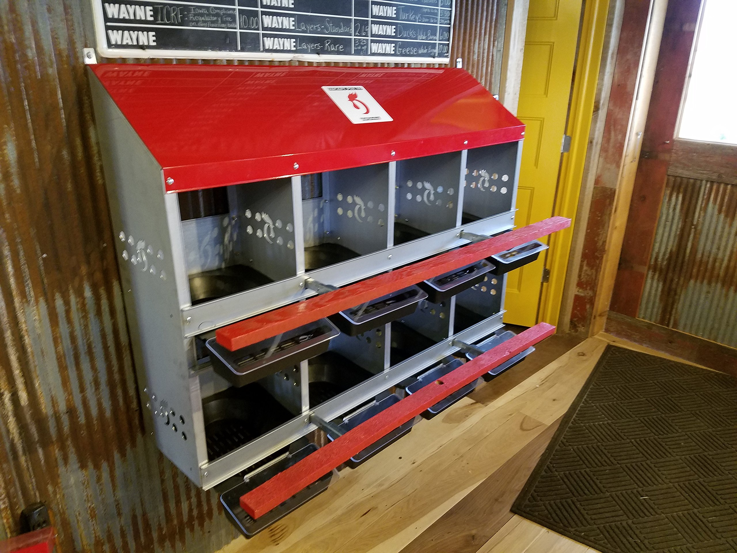 Duncan's Poultry 8 Roll Out Hole Hen Nest