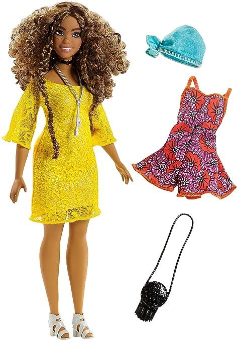 829ae64e3d053 Barbie Fashionistas Poupée Mannequin #85 Brune avec Robe en Dentelle Jaune,  Fournie avec Deuxième