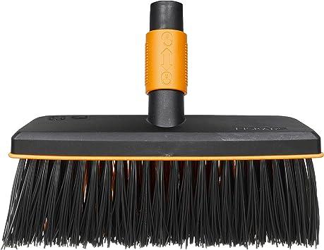 Fiskars Cepillo de exterior, Largo: 26 cm, Cerdas de polipropileno, Negro/Naranja, 1001417: Amazon.es: Jardín