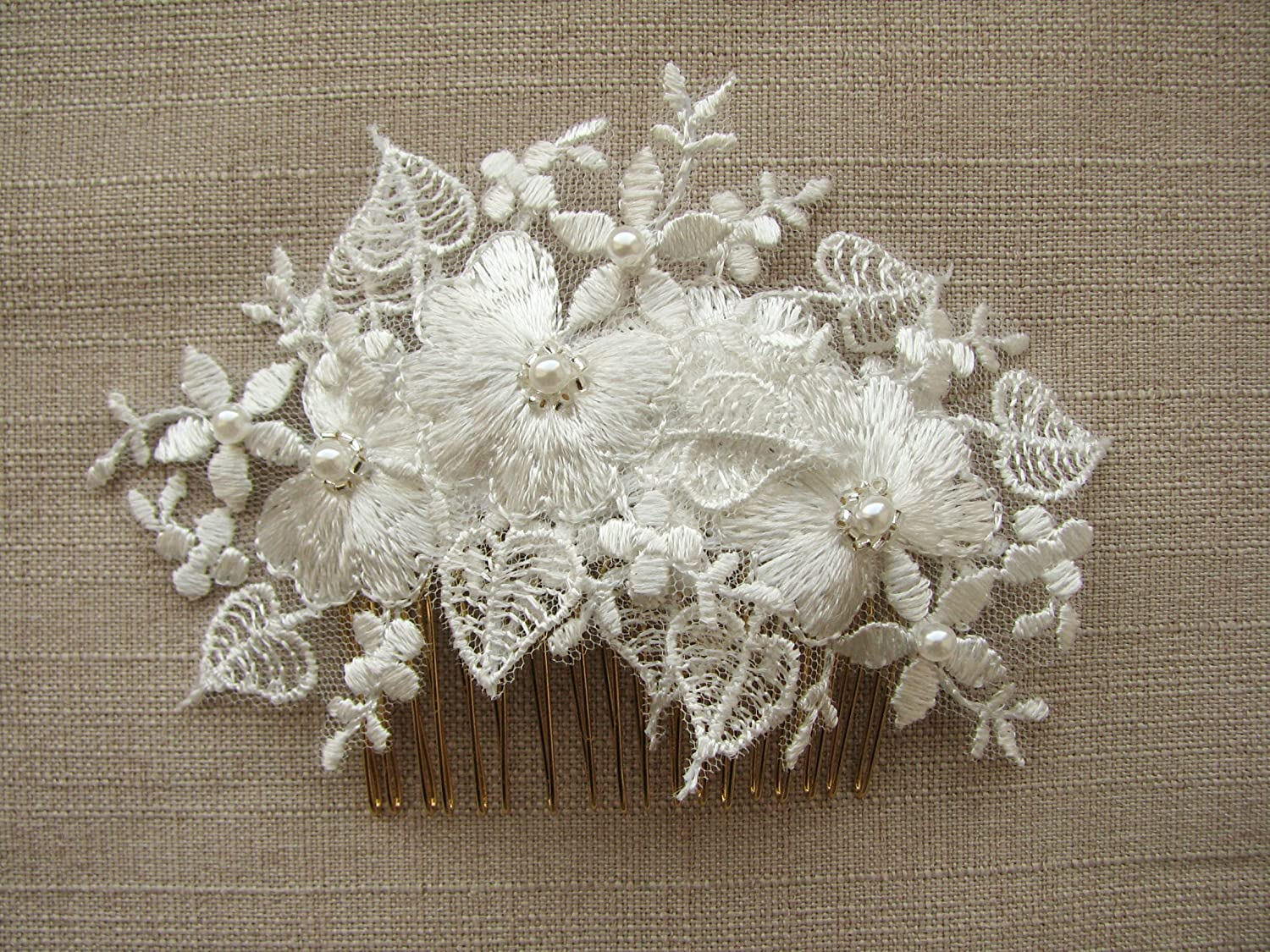Bridal hair comb, Ivory lace hair piece, Lace hair clip