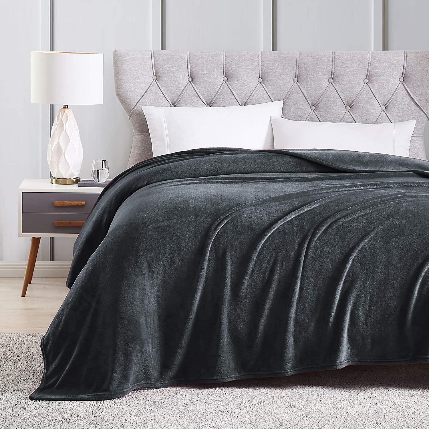 EXQ Home Fleece Blanket King Size Charcoal Grey Throw Blanket for Bed or Couch - Microfiber Fuzzy Flannel Blanket for Adults or Kids