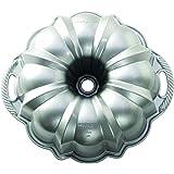 Nordic Ware Original Platinum Collection Bundt Pan, Gold