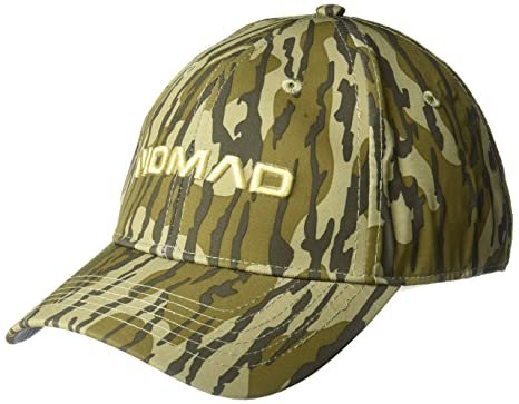 b0bb6fa86bb4f Amazon.com: Nomad Men's Camo Stretch Cap: Clothing
