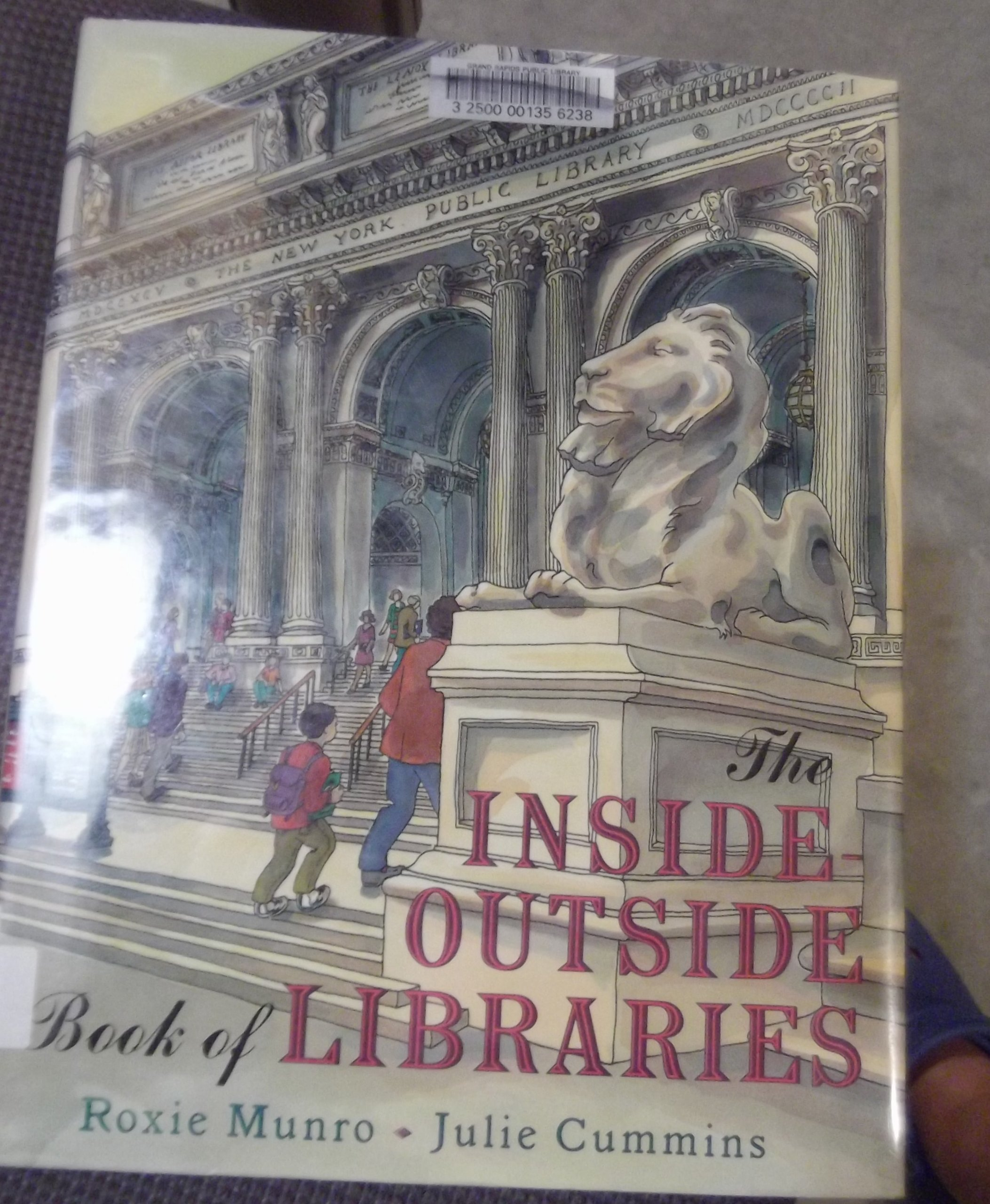 Download The Inside-outside Book of Libraries pdf epub