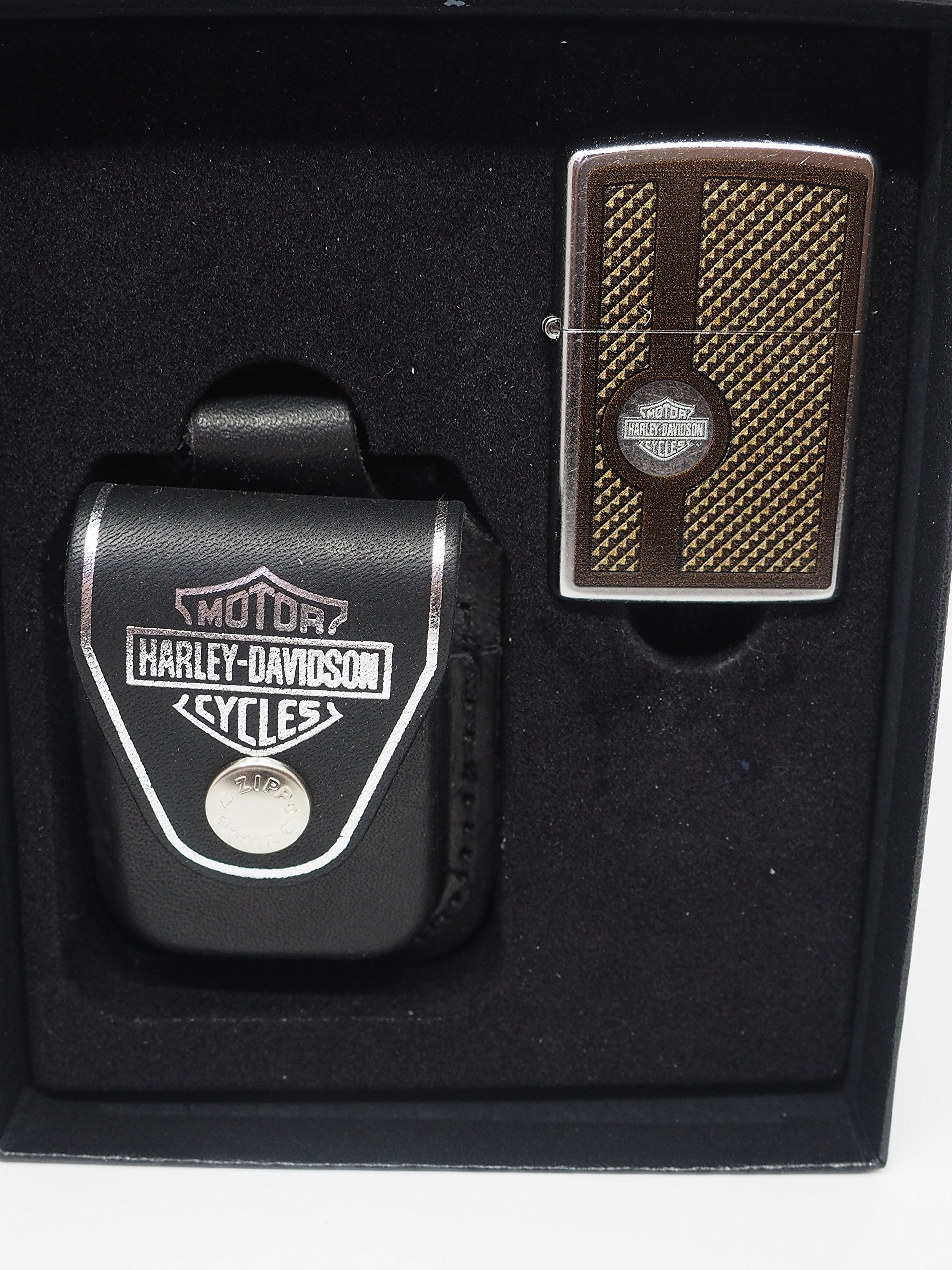 Gorgeous Harley Davidson Logo Zippo Lighter Leather Pouch Gift Set