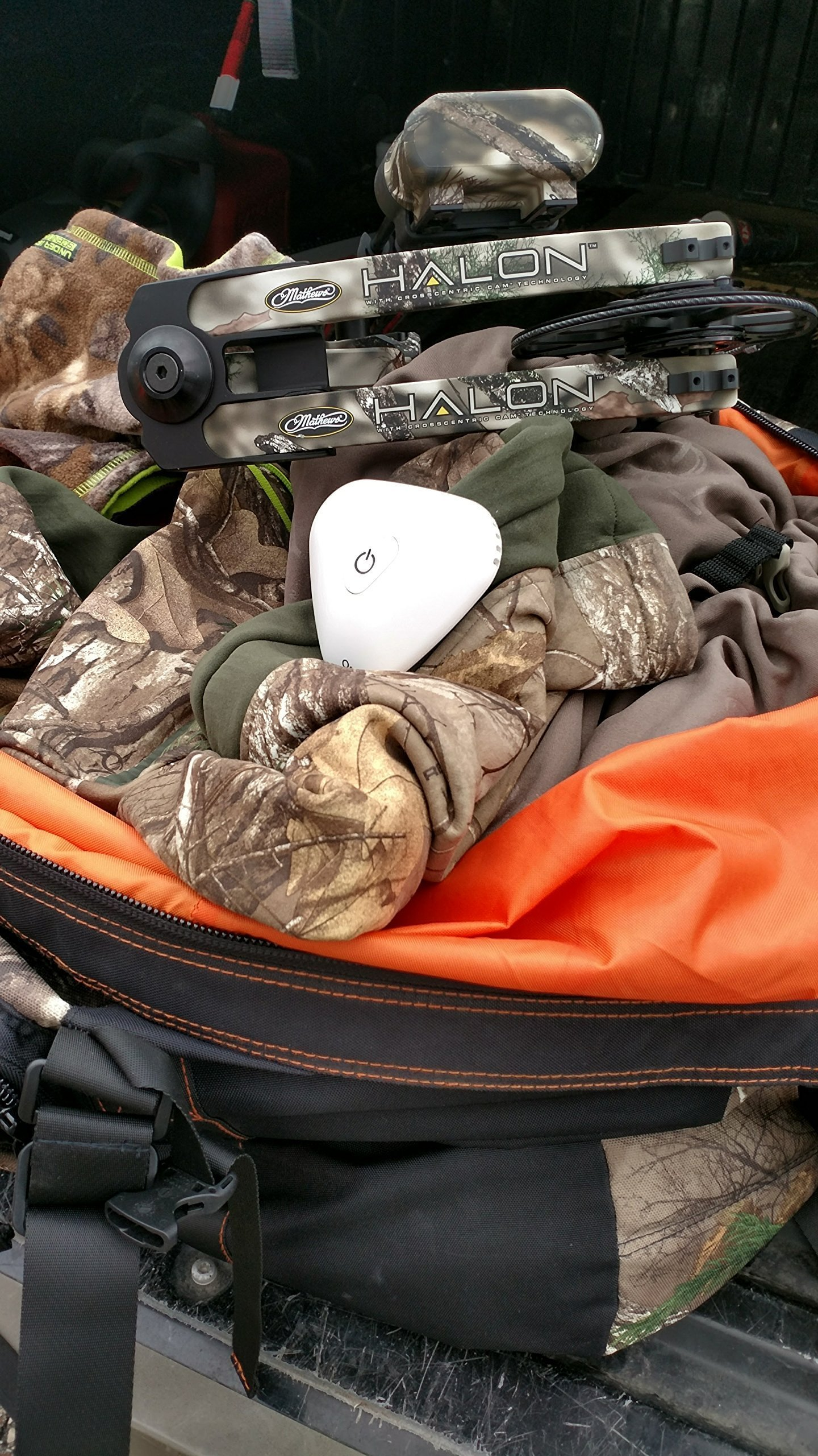 BoneView Mobile Ozone Machine Ozone Generator, Lithium Battery Powered Odor Elimination System for Your Deer Hunting Gear Bag with Powerful Triple Oxygen Scent Crushing Technology, White by BoneView (Image #1)