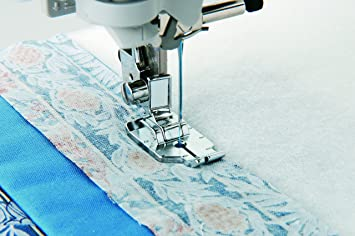 Amazon.com: Brother SA125 1/4 Inch Piecing Foot : quilting attachment for sewing machine - Adamdwight.com