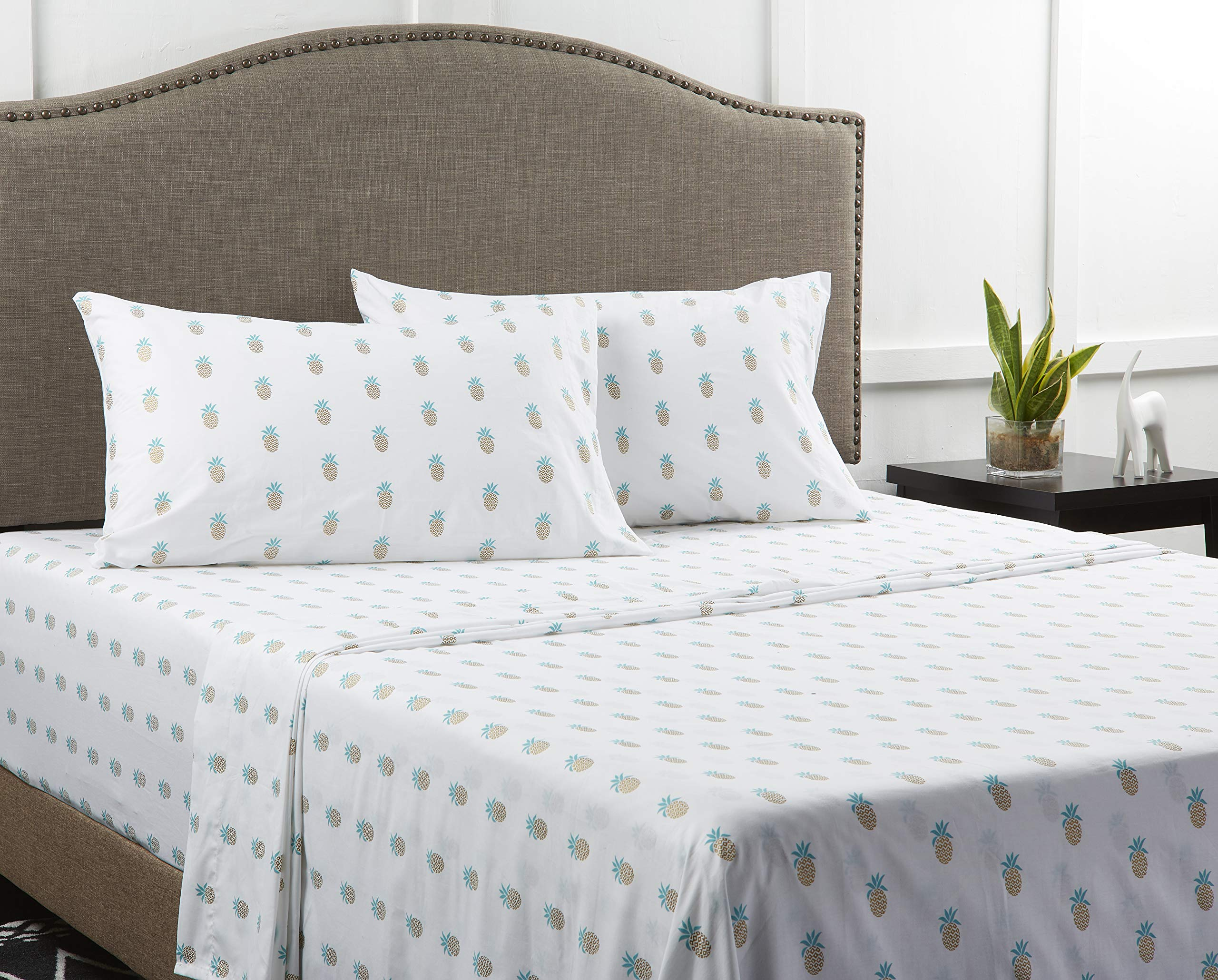 Mainstays ''Back to School'' 180 Thread Count Sheet Set, Fun & Modern! Your Favorites- Florals, Llama, Pineapples, Cactuses, Geometric Triangles! Flat, Fitted, & Pillowcase Set! (Queen, Pineapple)